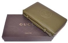 New Gucci Leather Interlocking GG Double Zip XL Travel Document Wallet. Get the lowest price on New Gucci Leather Interlocking GG Double Zip XL Travel Document Wallet and other fabulous designer clothing and accessories! Shop Tradesy now