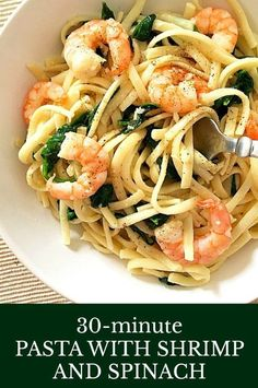 Pasta with shrimps and spinach, a quick dish that is ready in under 30 minutes, ideal for a midweek dinner when time is ever so precious. Flavourful, filling, and so garlicky. Shrimp And Spinach Recipes, Prawn Recipes, Shrimp Pasta Recipes, Healthy Pasta Recipes, Fish Recipes, Seafood Recipes, Healthy Dinner Recipes, Cooking Recipes, Cooking Ideas