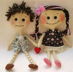 Art doll set by Greenie Marie Twilight Inspired Emmit and Rose in love cloth dolls by greeniemarie, via Flickr