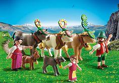 Famille et vaches des montagnes - 22,90€