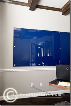Dry erase board, using plexiglas