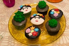 Inspire sua Festa ® | Blog Festa e Maternidade Frida Kahlo Party Decoration, 8th Birthday, Birthday Cake, Mexican Babies, Mexican Party, Fiesta Party, Party Cakes, Cake Pops, Baby Shower