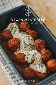 Vegan Meatballs – VeggieJeva Ingredients: 1 cup cooked white cup cooked pinto beans¾ cup chickpea flour, plus more if garlic clove½ white onion, tbsp tomato tbsp ground flax seedFresh parsleySalt & pepper, to taste Vegan Dinner Recipes, Veggie Recipes, Whole Food Recipes, Cooking Recipes, Healthy Recipes, Fall Vegetarian Recipes, Best Tofu Recipes, Seitan Recipes, Vegan Recipes Plant Based