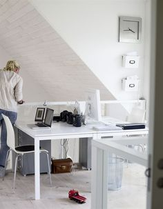 shared office space - head to head desks My Home Design, Home Office Design, Home Interior Design, House Design, Ikea Workspace, Desk Layout, Shared Office, Home Office Organization, Furniture Styles