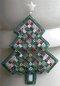 Hardanger Tree Ornament from Kreinik #freehardanger