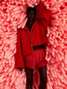 Why Editorial Fashion Photography is Such a Great Thing – PhotoTakes Red Fashion, Fashion Shoot, African Fashion, Editorial Fashion, Womens Fashion, High Fashion Photography, Portrait Photography, Editorial Photography, Mode Editorials
