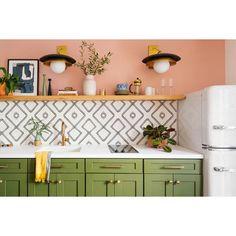 "Moroccan Mosaic Tile House Chawen 8"" x 8"" Cement Field Tile   Wayfair Apartment Kitchen, Kitchen Interior, Home Renovation, Home Remodeling, Kitchen Remodeling, Classic Kitchen, Boho Kitchen, 60s Kitchen, Modern Retro Kitchen"