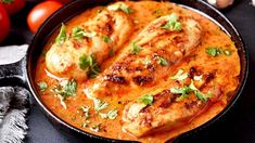 How to Cook Chicken Breast, Plus 20 Ways You Don't Realize You're Cooking Chicken Wrong Spegetti Sauce, Sauce A La Creme, Pollo Guisado, Caramel Recipes, Cooking Recipes, Healthy Recipes, Easy Chicken Recipes, Different Recipes, How To Cook Chicken