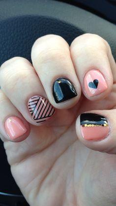 Gel manicure nail design #nailart #nailstamping