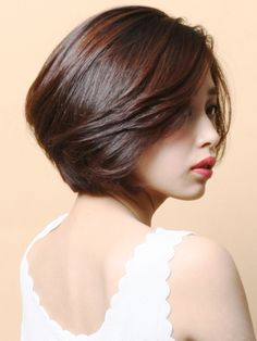 Gorgeous Short Layered Bob Asian Hairstyles 2018 for Women Gorgeous Short Layered Bob Asian Hairstyles 2018 for Women Short Hair With Layers, Short Hair Cuts For Women, Medium Hair Cuts, Medium Hair Styles, Short Hair Styles, Short Cuts, Short Hair For Round Face, Bob Haircut For Round Face, Short Bob Haircuts
