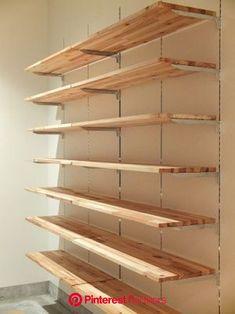 How to build garage shelves yourself! Retail Shelving, Garage Shelving, Garage Storage, Diy Storage, Storage Racks, Supermarket Design, Retail Store Design, Diy Dressing, Clothing Store Design