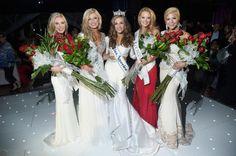 L to R - 1RU Mississippi Hannah Roberts; 2RU Colorado Kelley Johnson; Miss America 2016 Betty Cantrell (Georgia); 3RU Louisiana April Nelson; and 4RU Alabama Meg McGuffin