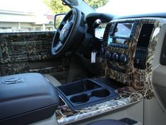 Realtree Camo Truck Interior ....if i ever get a truck i would love this...maybe with some pink too