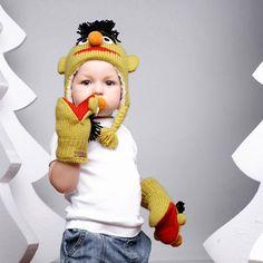 A może limonka? Czapka i rękawiczki wełniane Bert - przyjaciel Elmo Toddle od Knit Wits.
