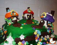 SMURF CITY CAKE 2