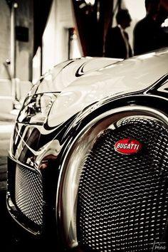 Bugatti Veyron .!!!