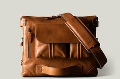 Tan brown designer leather laptop bag. Handmade in Italy.