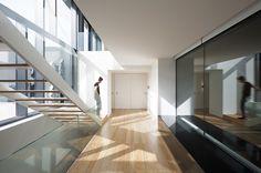 Casa en Guimarães, Portugal - AZO-Sequeira Arquitectos Associados - foto: Nelson Garrido