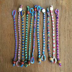 DIY friendship bracelet patterns: Go for the classic fishtail look with this Fastest Friendship Bracelet from Hey Wanderer.