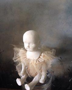 Baby - Porcelain , textile - Caroline Lingwood