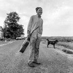 John Lee Cole and his dog Bobo, outside Clarksdale (photo Tim Duffy)