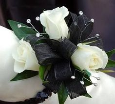 44 Ideas For Diy Wedding Corsage Wristlets Bling Prom Corsage And Boutonniere, Flower Corsage, Corsage Wedding, Bridesmaid Bouquet, Boutonnieres, Brooch Corsage, Prom Flowers, Wedding Flowers, Black Corsage