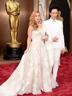 Tara Lipinski and Johnny Weir at the 2014 Oscars. Love these two!!