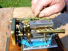 ▶ World's Smallest Straight 4 Engine, #2 - YouTube