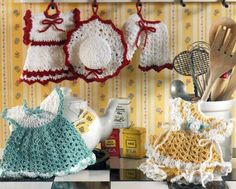 Picture of Vintage Fashion Potholders Crochet Pattern Leaflet