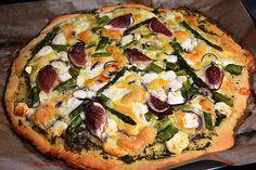 R'n'G Kitchen: Pizza z dwoma serami, figami i szparagami
