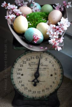 Old Kentucky Home Scale with Easter Eggs & blooms | homeiswheretheboatis.net