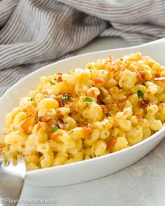 Easy One Pot Stove Top Mac and Cheese is the easiest way to make homemade macaroni and cheese! It's creamy, cheesy, and you've only got one pot to wash! Side Dish Recipes, Pasta Recipes, Dinner Recipes, Cooking Recipes, Healthy Recipes, Dinner Ideas, Cheese Recipes, Supper Ideas, Crockpot Recipes