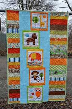 A fun baby quilt using Ann Kelle's Urban Zoologie panel. Quilt Baby, Cot Quilt, Baby Quilt Patterns, Easy Quilts, Small Quilts, Quilting Projects, Quilting Designs, Girls Quilts, Kid Quilts