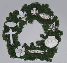 Family Christmas craft- Chrismons Wreath, Sunday School room ...