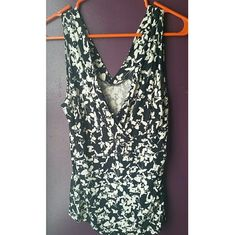 The Limited top sz Medium Black and white floral pattern  The Limited  Sz medium  Nice top to layer and dress up The Limited Tops Blouses