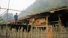 40 foyers, qui représentent plus 100 personnes, vivent dans ce village. Ils vivent en autarcie et leur vie est vraiment difficile.
