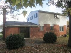 215 Michigan Ave, Elyria OH 44035 - Zillow