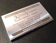 Visitenkarten-Etui aus Metall mit individueller Lasergravur erhältlich bei www.kamavision.de