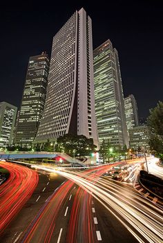 Shintoshin-hodokyo(New-city pedestrian bridge), Nishi-shinjuku, Tokyo, Japan Beautiful Places In The World, Great Places, Places To Travel, Travel Destinations, Go To Japan, Light Trails, Vacation Spots, Vacation Ideas, Travel Channel