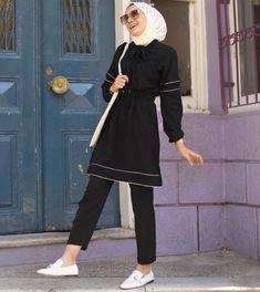 Hijab Dress Party, Hijab Style Dress, Casual Hijab Outfit, Modern Hijab Fashion, Muslim Fashion, Modest Fashion, Hijab Elegante, Hijab Chic, Korean Blouse