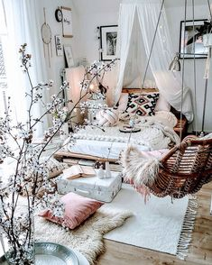 modern bohemian bedrooms 30 Glamorous Bohemian Bedroom Design Ideas Must You Try Now Bohemian Bedroom Decor Bedroom Bohemian Design glamorous Ideas Dream Rooms, Dream Bedroom, Home Bedroom, Room Decor Bedroom, Girls Bedroom, Bedroom Ideas, Shabby Bedroom, Bedroom Designs, Modern Bedroom