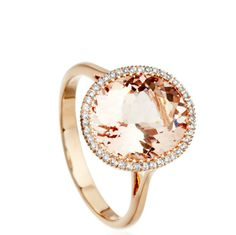 Shop Morganite Diamond Halo Ring and Diamond Rings at Astley Clarke. Beautiful Morganite Jewellery available online with Exquisite Gift Wrap, Next Day Delivery & Free Returns. Morganite Jewelry, Rose Gold Morganite Ring, Gold Ring, Gemstone Jewelry, Diamond Jewelry, Bijou Box, Diamond Are A Girls Best Friend, Halo Diamond, Cocktail Rings