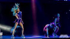 ✌️❤️ Violetta Live, My Idol, Twitter, Queen, Argentina, Martina Stoessel, Live Life, Concert, Celebs