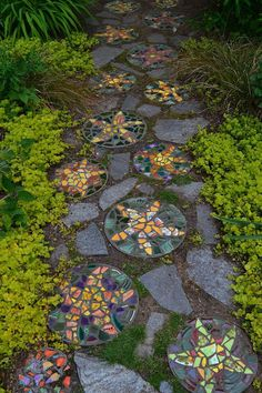 Stepping Stone Pathway, Mosaic Stepping Stones, Pebble Mosaic, Stone Mosaic, Mosaic Walkway, Stone Walkways, Decorative Stepping Stones, Brick Walkway, Paving Stones