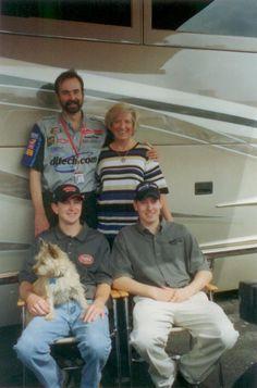 Kurt and Kyle Busch with their parents Sports Car Racing, Nascar Racing, Race Cars, Nascar Sprint, Sprint Cup, Kyle Busch Nascar, Kurt Busch, Kyle Bush