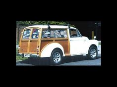 Morris Minor Traveller in New Zealand. wood panels. Woody wagon.