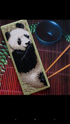Bookmark panda embroidered on plastic canvas. A 'Royal Paris' cross stitch Bookmark kit. Xmas Cross Stitch, Just Cross Stitch, Cross Stitch Bookmarks, Cross Stitch Animals, Cross Stitching, Cross Stitch Embroidery, Plastic Canvas Books, Plastic Canvas Crafts, Plastic Canvas Patterns