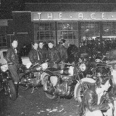 The Glory Days of British Motorbikes - Full Film — Silodrome