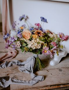 So much color coming from this wildflower wedding inspiration straight from the gorgeous, rolling hills of Tuscany! Fall Bouquets, Spring Bouquet, Spring Flowers, Wild Flowers, Wedding Bouquets, Wedding Flowers, Stunningly Beautiful, Beautiful Hands, Nosegay
