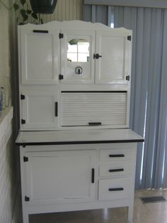 New Hoosier Cabinets for Sale | For Sale: Antique Hoosier Cabinet ...